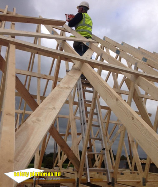 STA System provides safe truss access