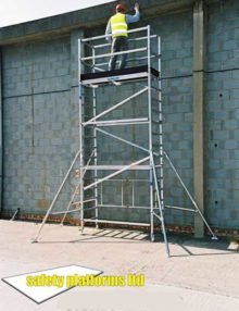 folding-scaffold-tower