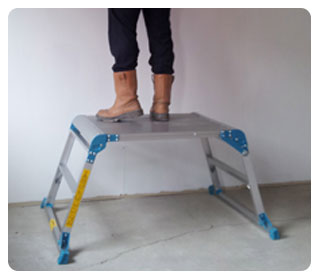 Wide folding work platforms