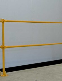 Telescopic guardrail