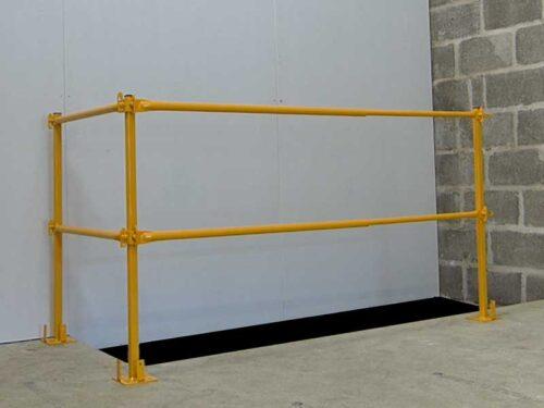 Telescopic guardrail