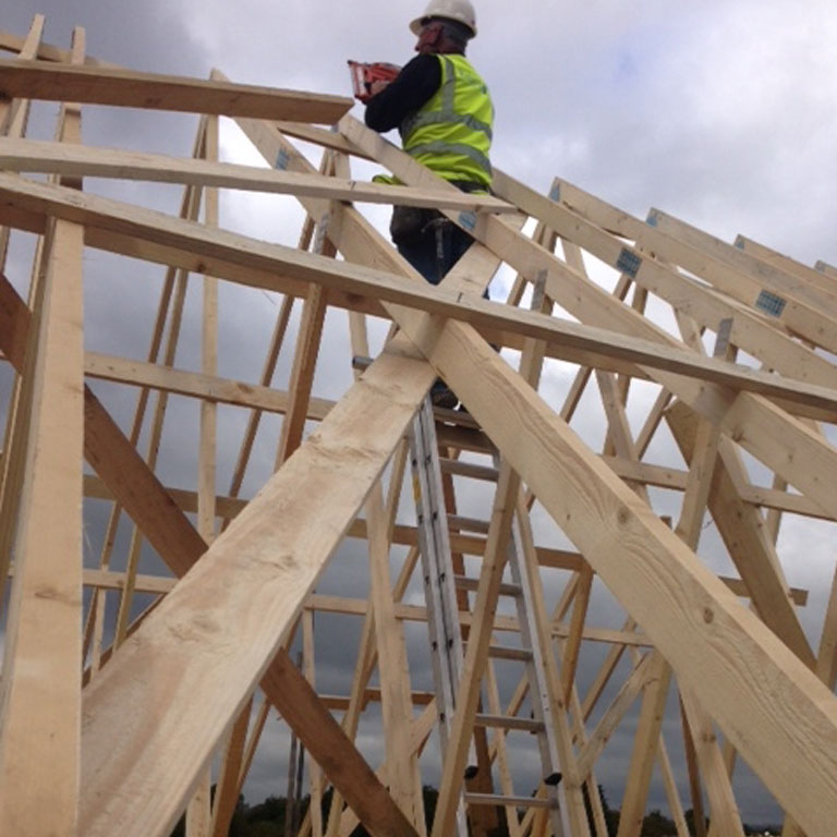 Roof truss installation safety platforms for Roof trusses installation