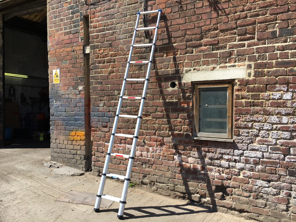 trade telescopic ladder