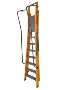 8 step ladder with chain