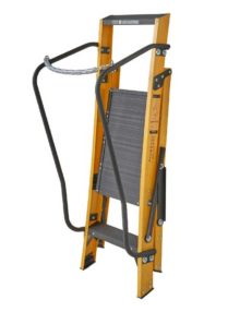 step ladder with chain