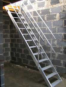Temporary site stairs